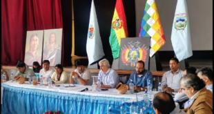 """El expresidente Evo Morales y el exvicepresidente Álvaro García Linera encabezan la reunión de """"gabinete"""" de exministros y exviceministros en la ciudad de Cochabamba. Foto: @evoespueblo"""