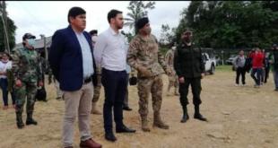 El ministro de Gobierno, Carlos Eduardo Del Castillo realizó un sobrevuelo en las áreas de cultivo de coca de Chimoré. Foto: Viceministerio de Sustancias Controladas