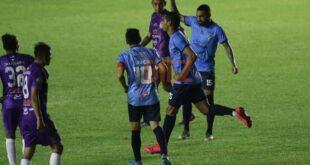 Barros celebrando el segundo gol de la academia. Foto: Jorge Gutierrez