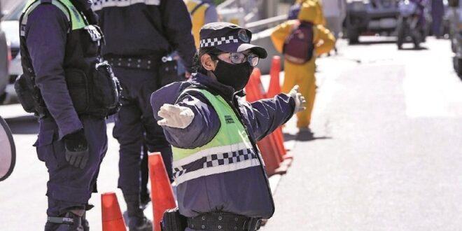 El control sanitario y de circulación en la ciudad de La Paz. / Foto: Archivo