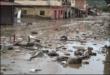 La inundación dejó las calles anegadas de barro a medida que baja el agua. / Foto: Marka Registrada