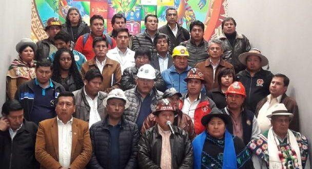 Sectores sociales afines al MAS. / Foto: Ministerio de la Presidencia.