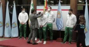Acto de reconocimiento de parte del alcalde Manfred Reyes Villa a los. seleccionados nacionales de básquetbol. | Hernán Andia