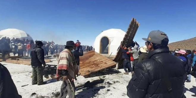 Los domos quemados en el salar de Uyuni. | EL DEBER