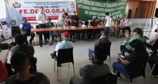 La Confederación Sindical de Gremiales en un ampliado en Cochabamba.   APG