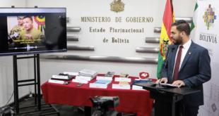 El ministro de Gobierno, Eduardo del Castillo, ayer en conferencia de prensa. | marka registrada